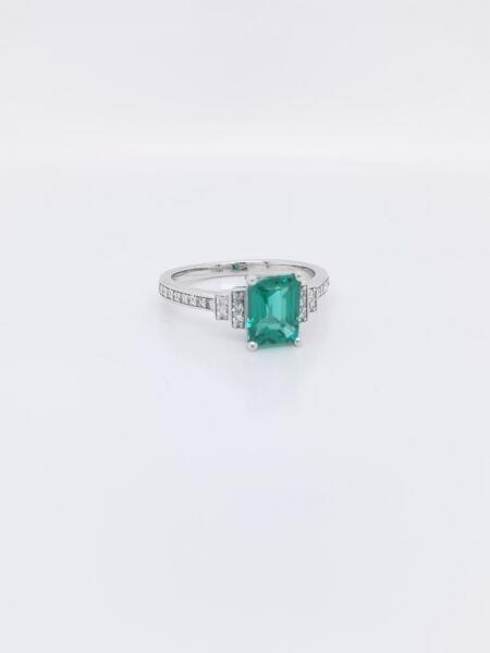 Gemstone ring REM039