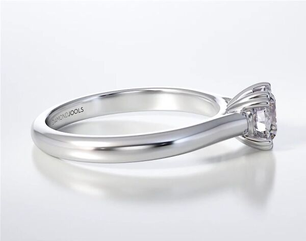 SOLITAIRE RING ENG096