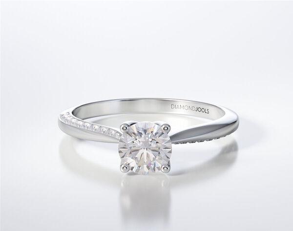 Engagement Ring LR314