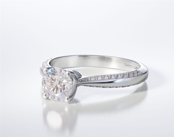 SOLITAIRE RING LR263
