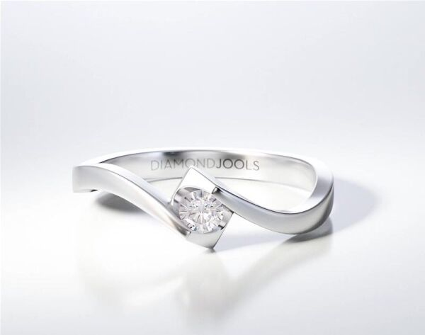SOLITAIRE RING ENG068